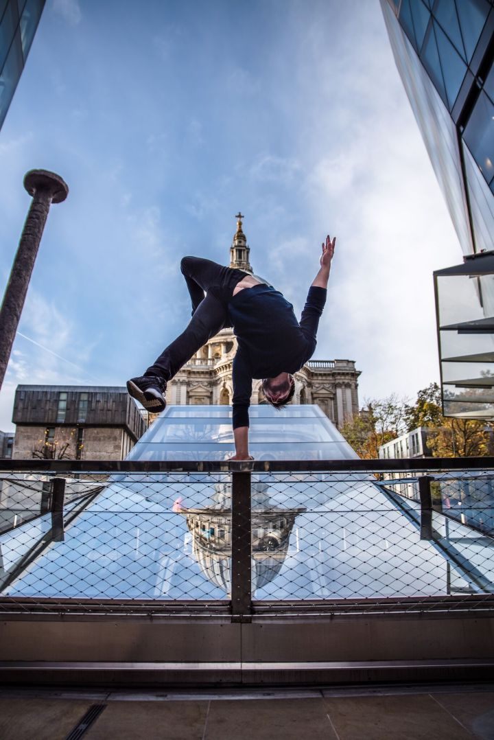 Handstands in London